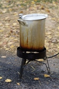 deep frying a turkey outside
